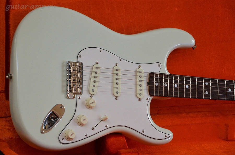 """dating american vintage stratocaster """"american vintage series"""" isn't just a seductive marketing phrase for the new 2012 models, fender's r&d department dissected quite a few original vintage instruments to develop cosmetic, sonic, and electrical benchmarks for each guitar in the series."""