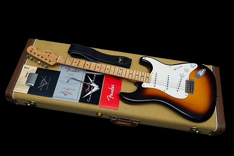 Fender Custom Shop Stratocaster 1957 Lightweight Journeyman Relic 2 Tone Sunburst 2018