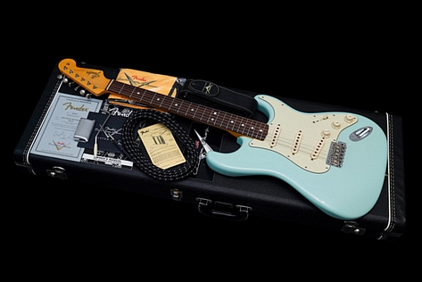 Fender Custom Shop Stratocaster 1965 Total Tone Limited Edition Daphne Blue 2013