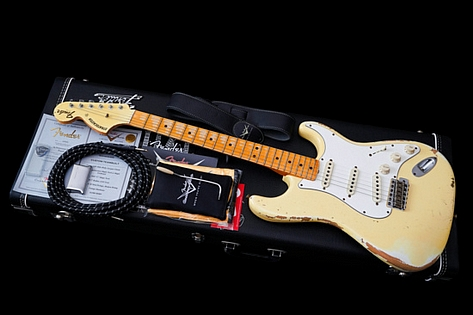 Fender Custom Shop Stratocaster 1969 Heavy Relic Aged Vintage White Limited Run 2013