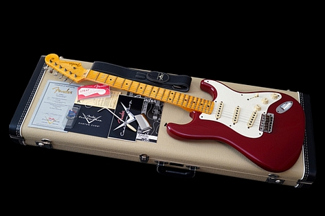 Fender Limited Edition Custom Shop 1955 Celeb Stratocaster Journeyman Relic Cimarron Red